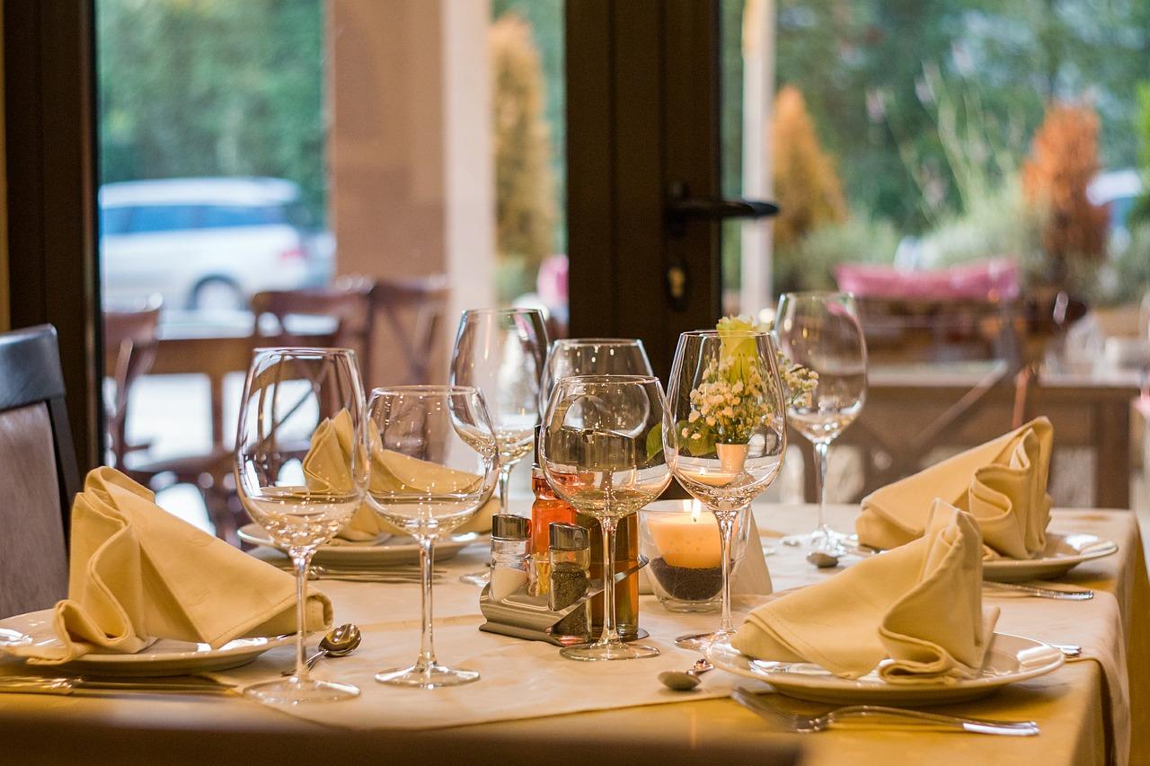 2_restaurant-449952_1280